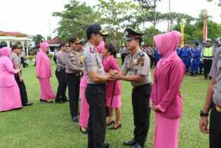 Kapolres Pimpin Upacara Kenaikan Pangkat 5 Personil Polres Pelalawan
