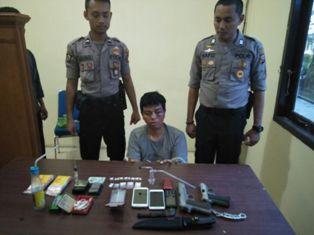 Jadi Bandar Sabu, WA Dicokok Team Sat Res Narkoba Polres Pelalawan
