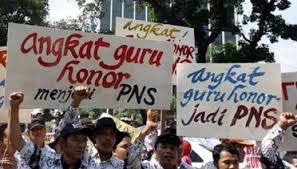 Presiden Jokowi Kecewakan Ribuan Guru Honorer