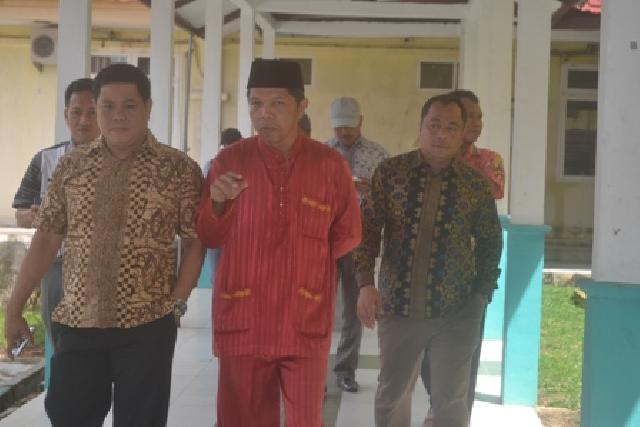 Anggota DPRD Pelalawan Komisi 1 saat meninjau RSUD Selasih